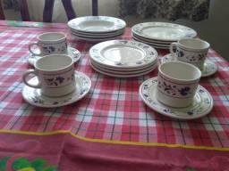 Aparelho de jantar e chá com 20 peças