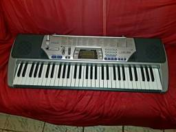 Vendo teclado Casio CTK-496