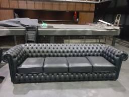 1 Sofa modelo Chesterfield 4 lugares