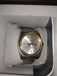 Relógio Oriente , usado bem pouco bem conservado original