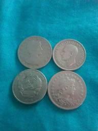 Vendo moedas de prata