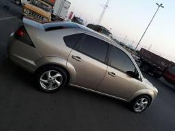 Vendo Fiesta Sedan completo De Tudo