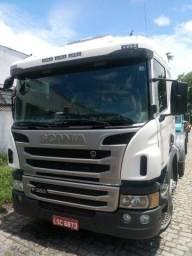 Scania P360 6x2 ano 2015 único dono