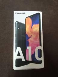 Celular Samsung A10, NOVO