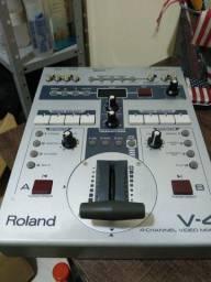 Mesa de Corte Roland V-4