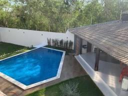 Casa/Sobrado com área de lazer na Morada do Ouro.