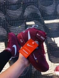 Bota Nike Air force one - $160,00