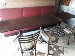 Título do anúncio: Boot sofá para restaurantes com mesa e cadeiras.