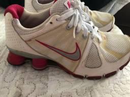 Nike shox n35/36