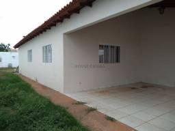 Casa ampla de 3 quartos com piscina