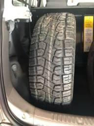 3 pneus 250/60 Aro15