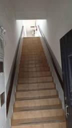 Alugo apartamento sem garagem, de escadas, Aviação
