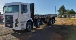 Título do anúncio: Caminhão bitruck com carroceria