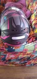 Vendendo esse lindo capacete