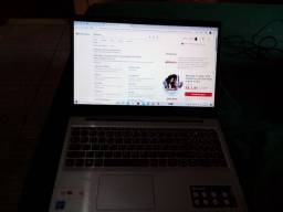 Vendo um laptop Lenovo com 10 meses uso em perfeito estado.