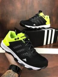 Tênis Adidas Kanadia Tr7