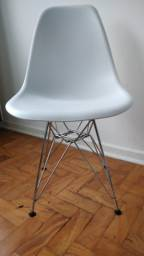 Cadeiras James Eiffel