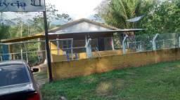 Chácara com piscina próximo da cidade
