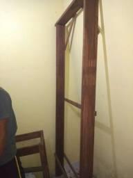 Forra em madeira maçaranduba lixada e montada com 13 cm