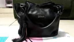 Três bolsas