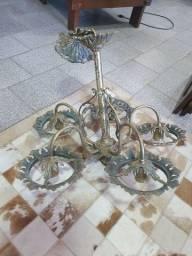 Antigo Lustre natalino em bronze e latão