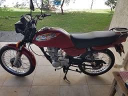 Honda CG125 titan atrasada
