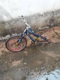 Vendo esse quadro de bicicleta 50 reais