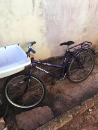 2 bicicletas em perfeito estado