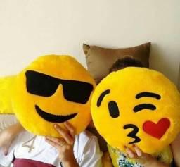 Almofadas de Emoji / Emoticon 25x25cm e 40x40 cm