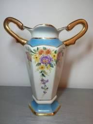 Lindo Vaso de Porcelana Pintado a mão