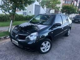 2006 Renault Clio · Sedan