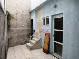 Casa / fundos com 1 quarto para alugar, 45 m² por R$ 600/mês - Coelho - São Gonçalo/RJ