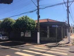 Casa para alugar com 3 dormitórios em Centro, Sertaozinho cod:L8285
