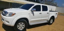 Toyota Hilux 3.0 SRV C.B 4x4 automática ANO 2007
