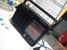 Rádio Portátil 7 faixas