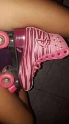 Vendo esse patins Sou Eu de quatro rodas tamanho 36/37
