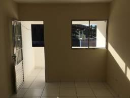 Casa tipo privê na entrada de mangue seco