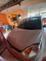 Carro Fiesta sedan 1.6