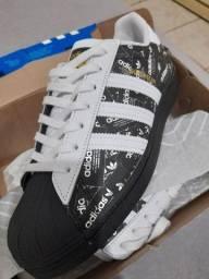 Tênis Adidas superstar original novo