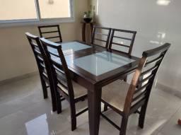 Mesa de jantar com 6 cadeiras - Extensível