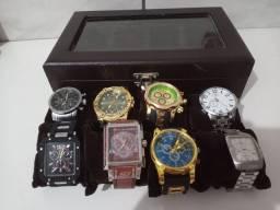 Caixa personalizada com relógios