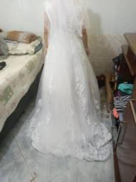 Vestido de noiva com anagua