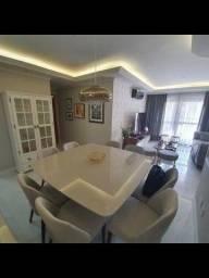 Apartamento em Itapuã L
