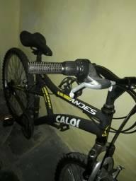 Bicicleta Caloi  aro 21 semi nova pouca usada