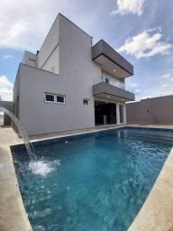 Casa de condomínio para venda possui 360 metros quadrados