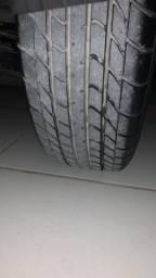Troco 4 pneus 13 novos com aro de ferro,por aro 14 ou 15 com torna da minha parte.