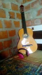 Vendo violão semi-novo