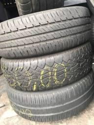 4 pneus diferentes numerações leia a descrição .