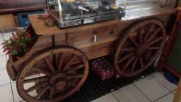 Carroça/Baú feita em madeira demolição