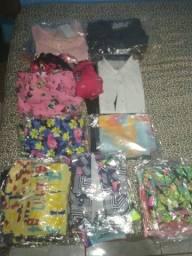 Lote com 51 peças de roupas por apenas R$ 500,00